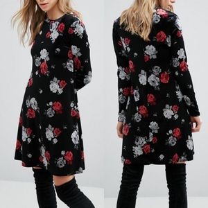 New Look Floral Rose Velvet Swing Dress
